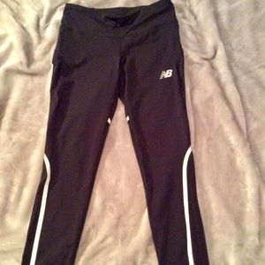 NWOT NEW BALANCE LEGGINGS